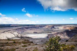 Halemaʻumaʻu Crater 09-2018
